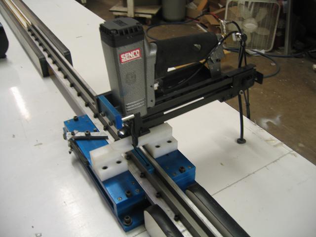 Louver To Tilt Rod Staple Machine - Manual Advance